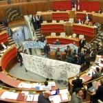 Vitalizi: La nostra protesta dentro il palazzo