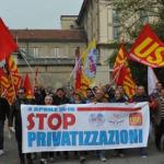 """I """"Mille a Milano"""" per l'occupazione e il welfare e contro le privatizzazioni."""