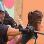 La polizia di Scelba-Minniti a testa bassa