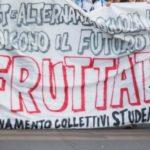"""Gli studenti in piazza contro la """"buona scuola"""""""