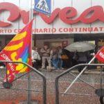 Orvea: protesta davanti al supermercato